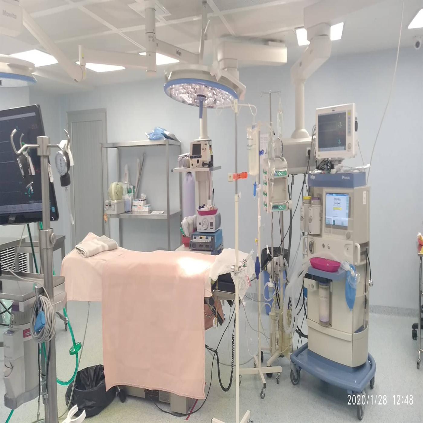 Բաբախող սիրտը՝ ափի մեջ․ բացառիկ վիրահատություններ անող բժիշկը