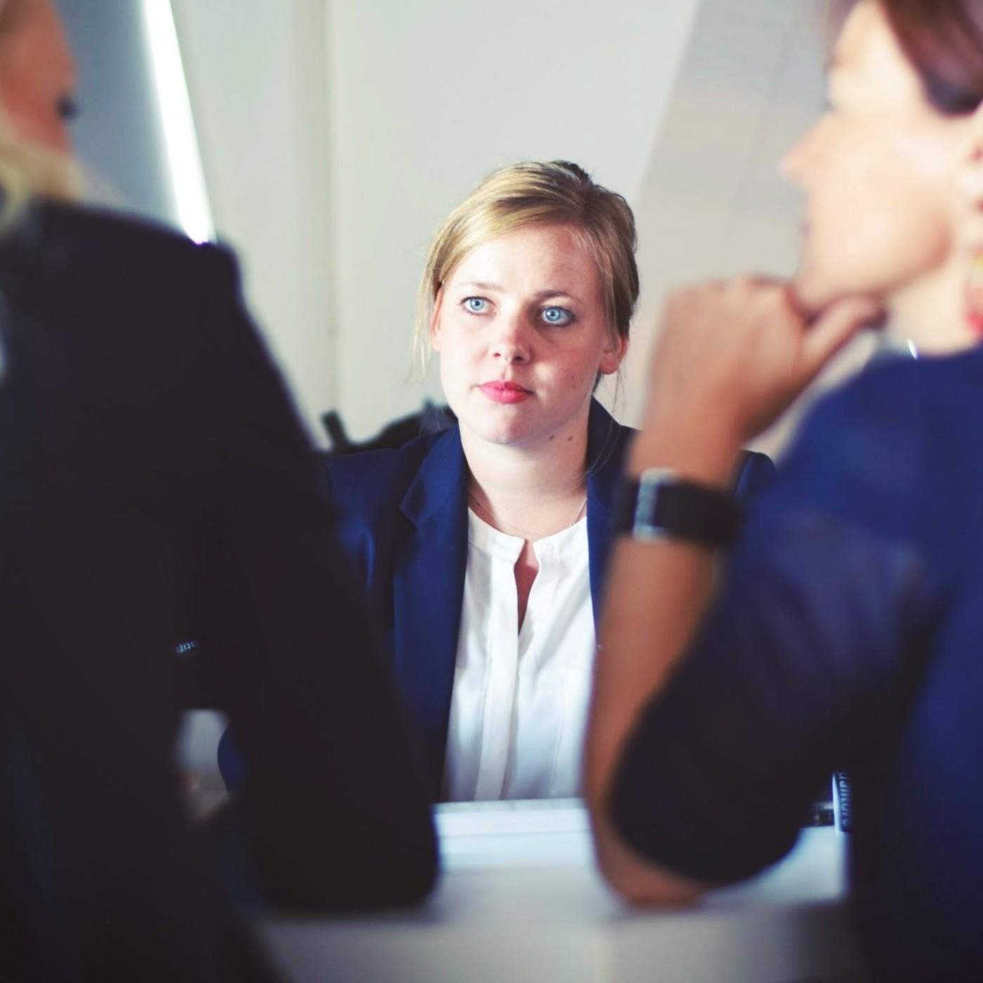 Consejos y experiencias sobre entrevistas de trabajo en tecnología - 01x10